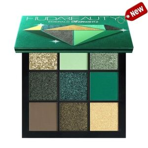 HUDA BEAUTY Obsessions Eyeshadow Palette Emerald